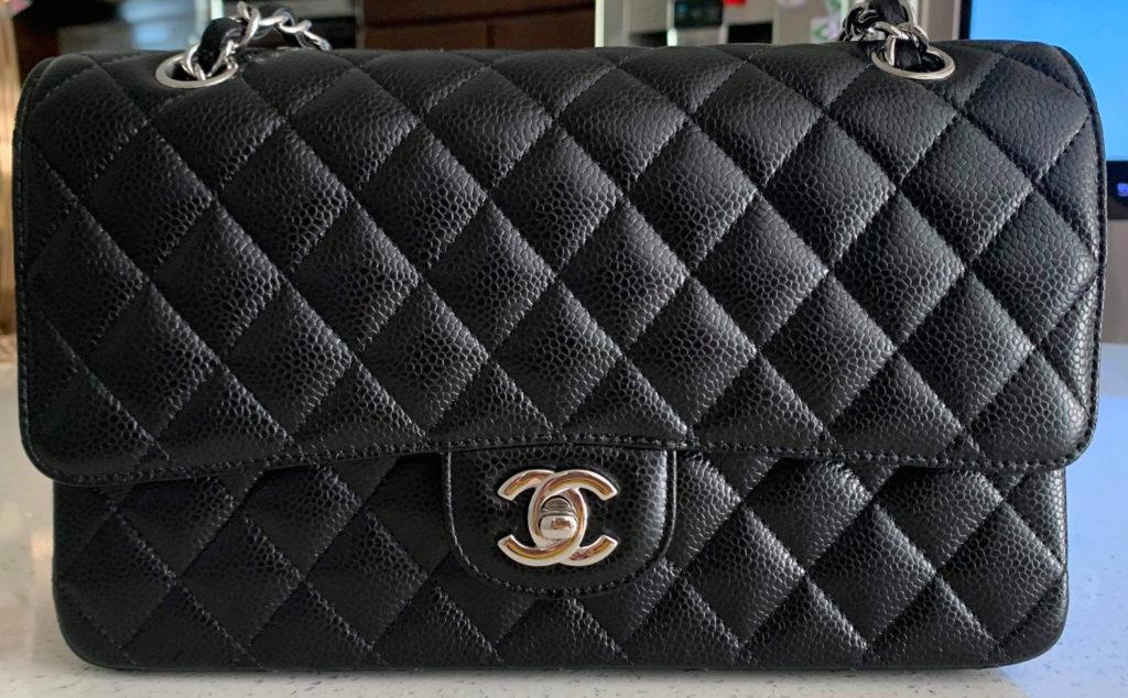 Chanel black caviar medium classic double flap superfake
